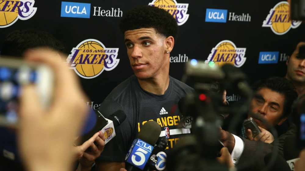 lonzo-ball-lakers-6717-usnews-getty-ftr_6rvzf7v0nef7110qgyif7yn34