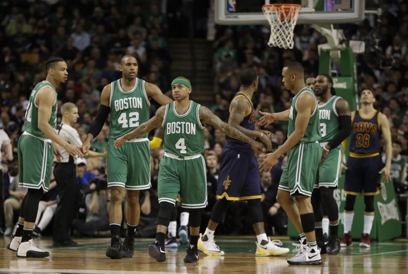 9995216-nba-cleveland-cavaliers-at-boston-celtics.jpeg