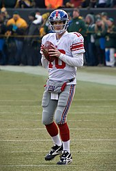 170px-2012_Packers_vs_Giants_-_Eli_Manning_2